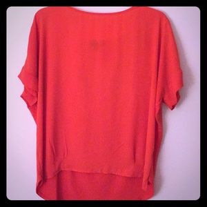 👚The Limited Orange Top - Size Large